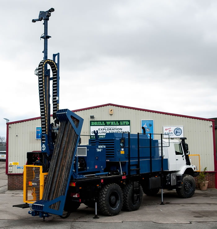 Mercedes-Benz Zetros 6x6 Drilling Rigs - Drillwell Ltd